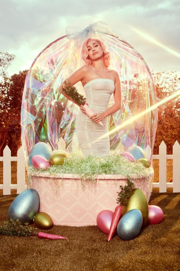00-story-miley-easter
