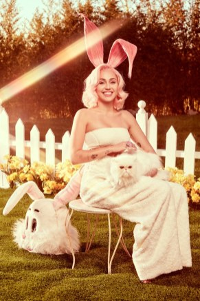 02-miley-easter