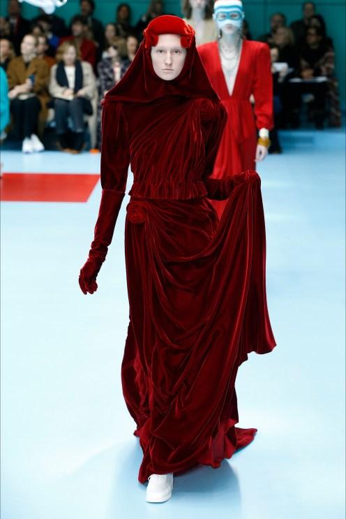 Gucci velluto drappeggi
