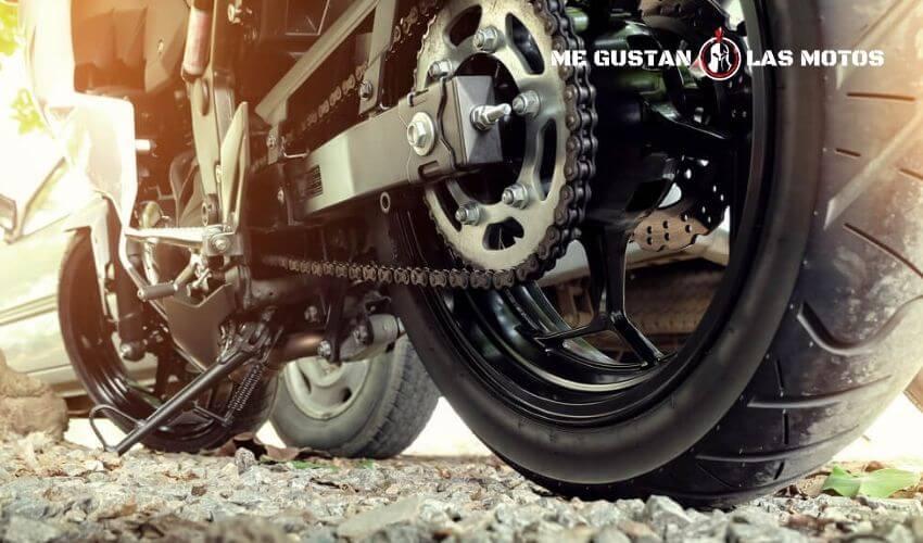 Código de velocidad de los neumáticos: ¿cómo se lee un neumático de moto?