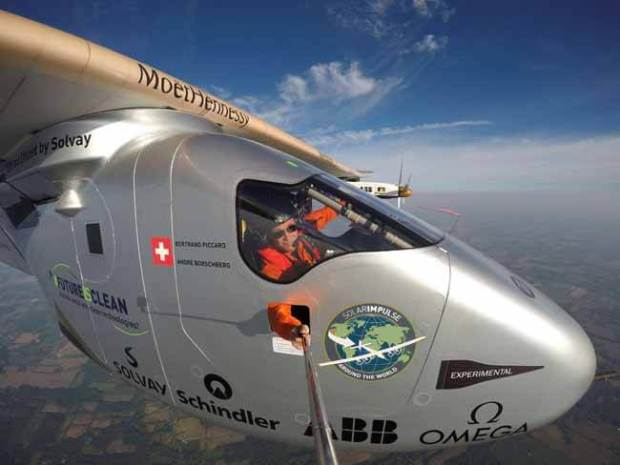 Bertrand Piccard takes a selfie while piloting Solar Impulse 2 enroute to Lehigh Valley, Pennsylvania U.S. from Dayton, Ohio on the latest leg of its historic bid to fly around the globe without a drop of fuel. Photo: Reuters