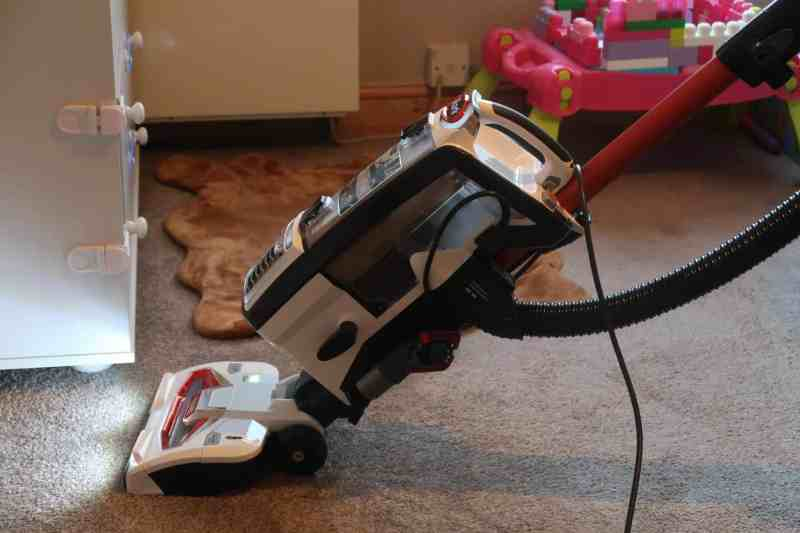 Shark Upright Vacuum Cleaner NV801UK