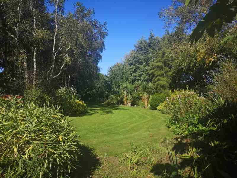 Priory Maze And Gardens