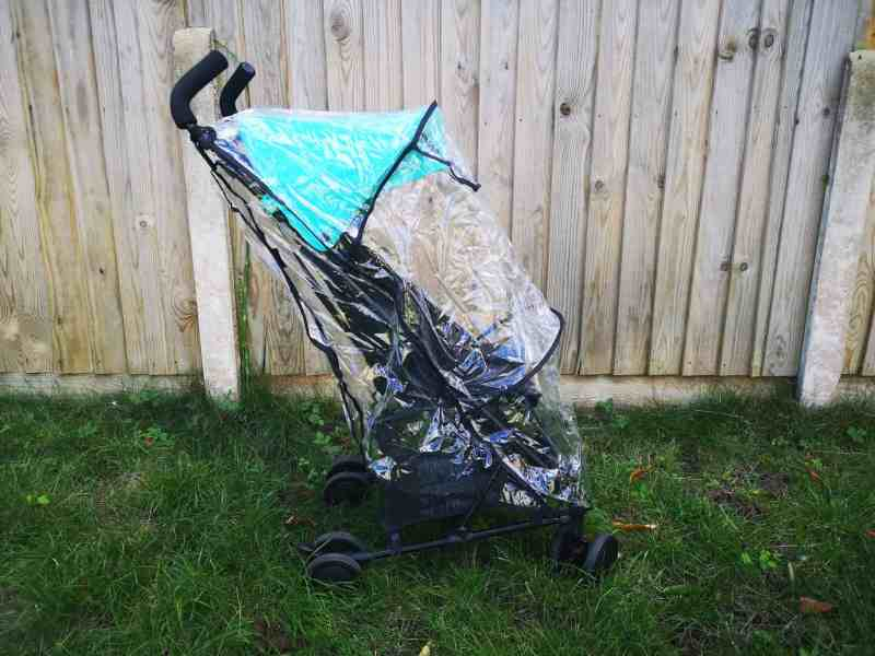 Britax Holiday with rain cover