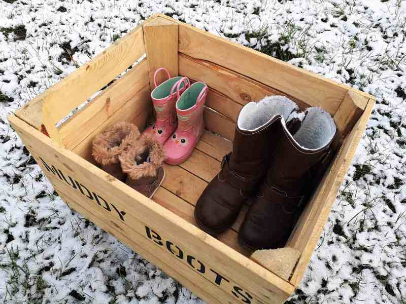 Vintage Apple Crates Muddy Boots crate