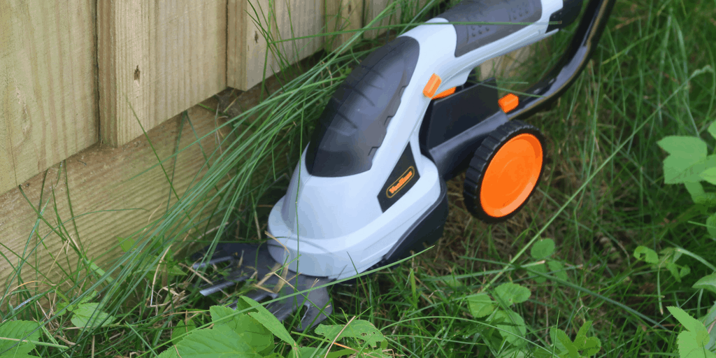 Keeping The Garden Neat With The VonHaus 2 In 1 Grass And Hedge Trimmer