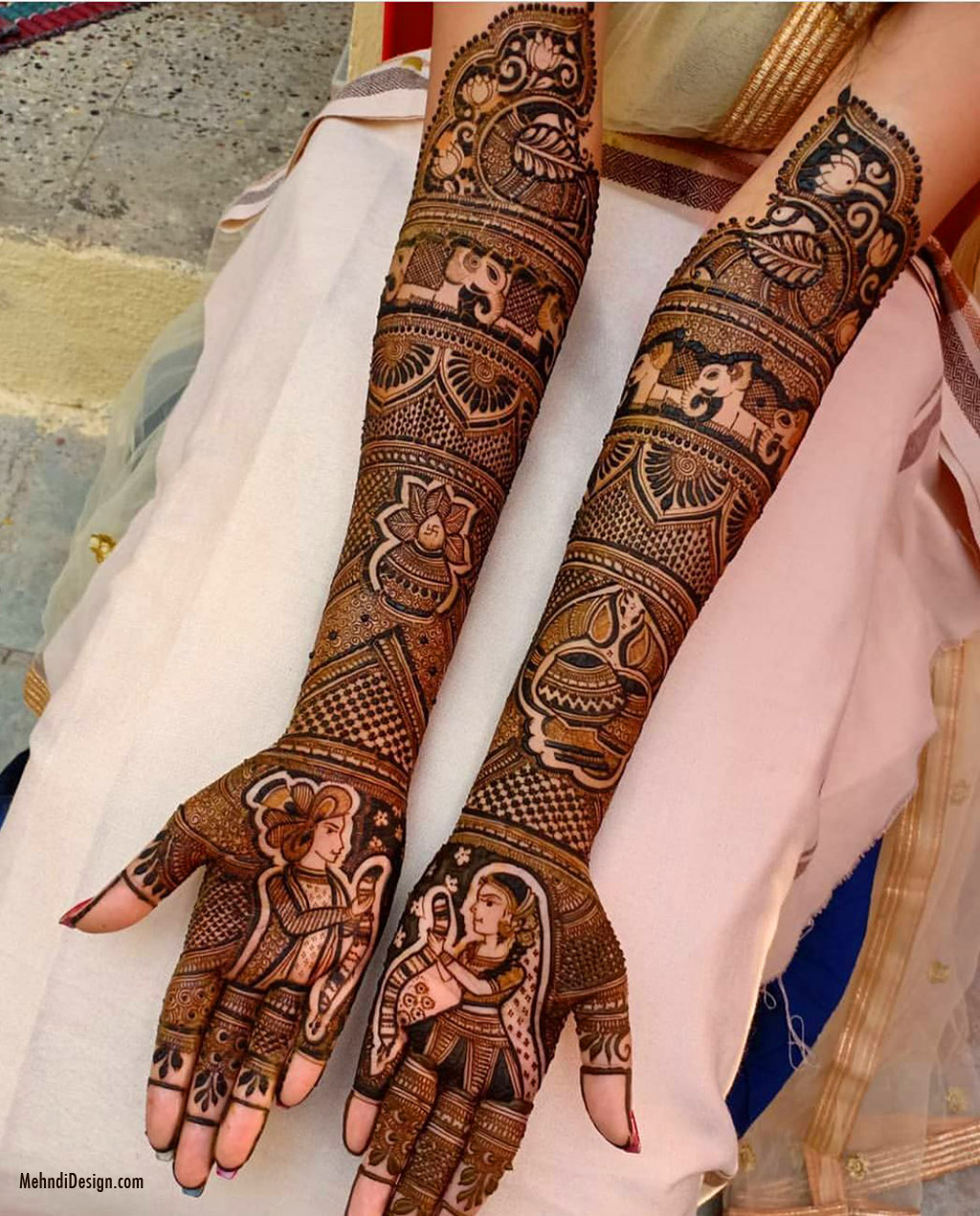 When many brides are choosing to tell their love story via their. Bridal Mehndi Design For Back Hand Image