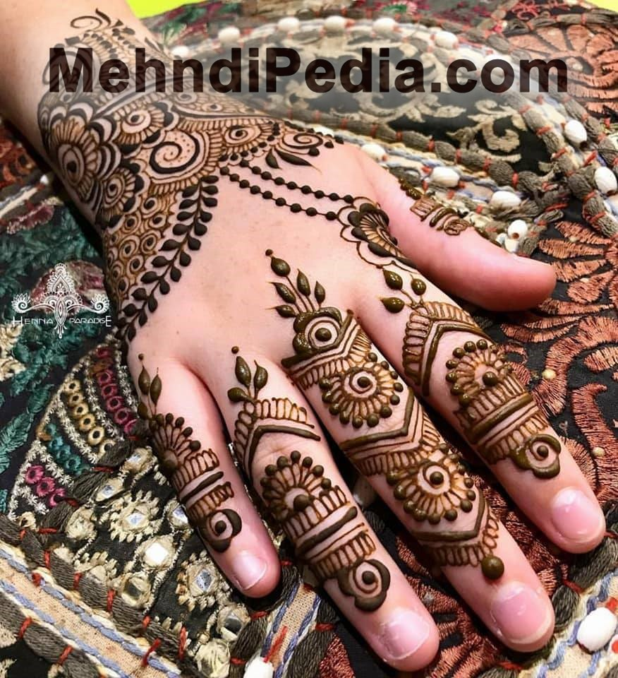 Curve Mehndi design wallpapers free for dulhan
