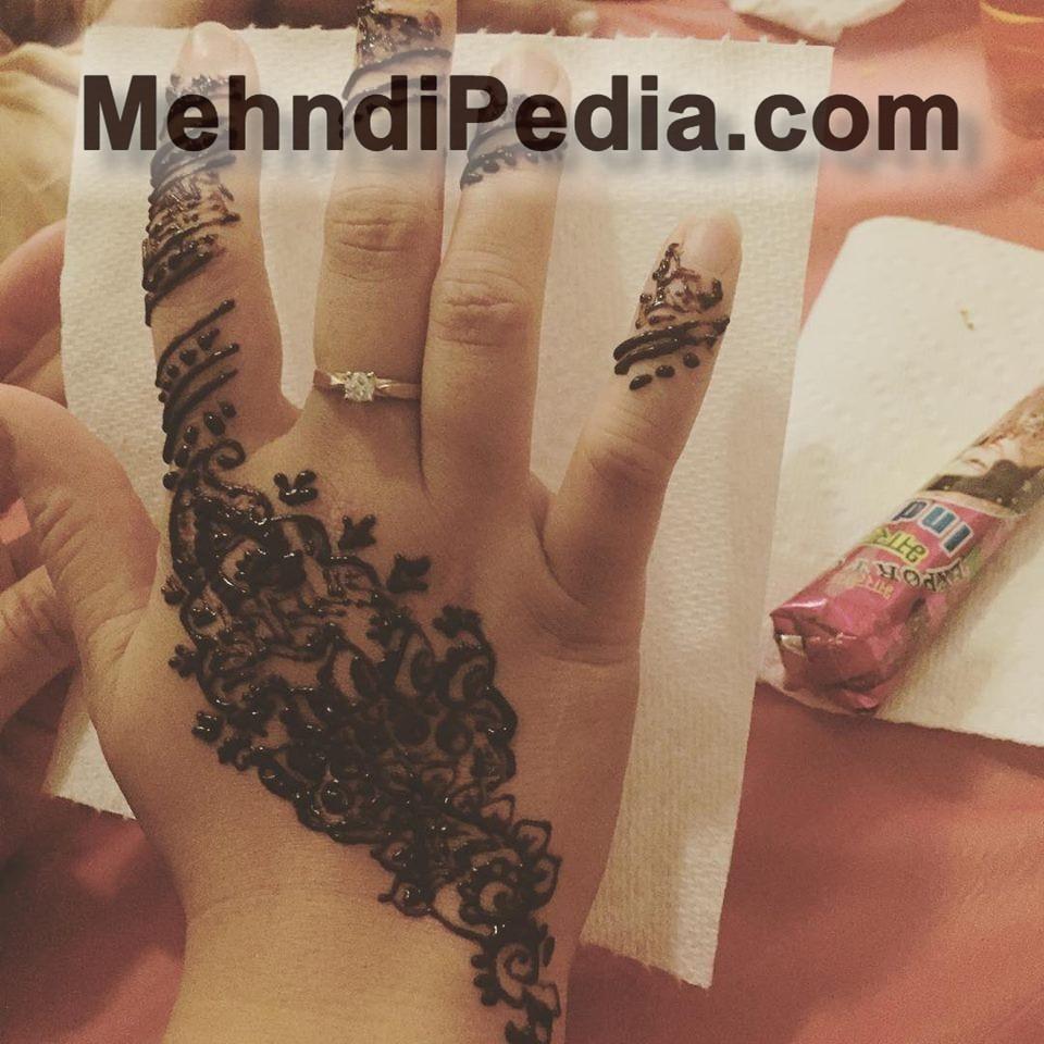 left hand mehandi designs for kid