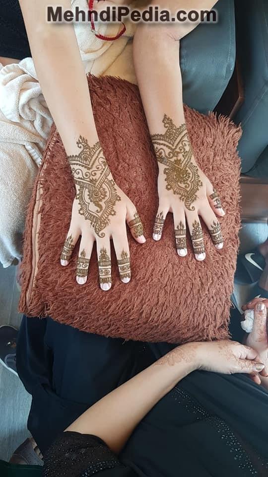 easy mehndi designs for kids for back hand