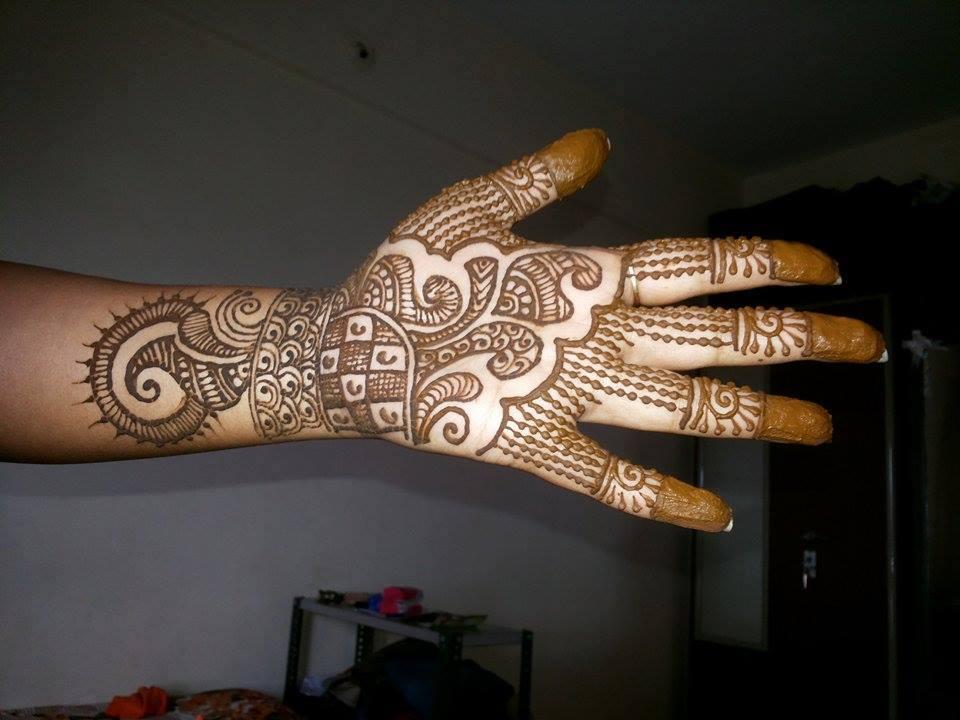 front hand henna designs latest