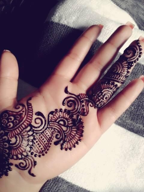 simple and easy left hand henna mehndi design