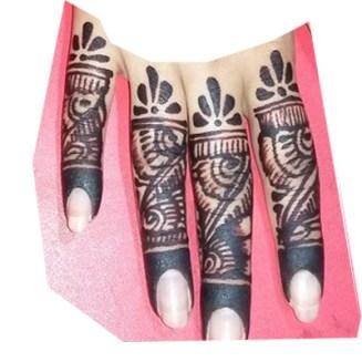 step 1 start from finger mehndi design