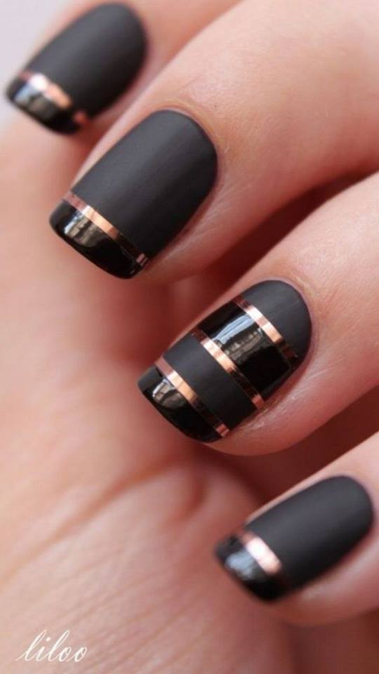 black and golden line nail art designs