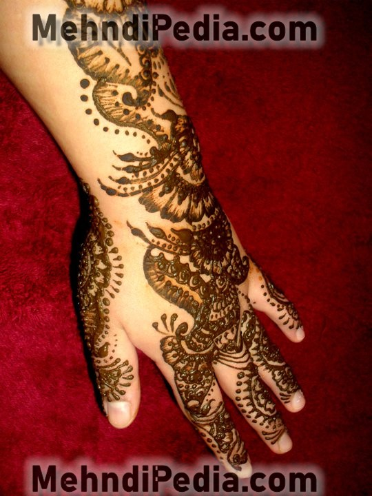 back hand and arm mehndi designs