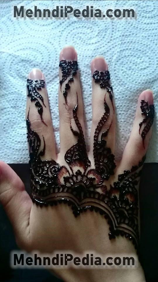 finger mehndi designs for collage girls
