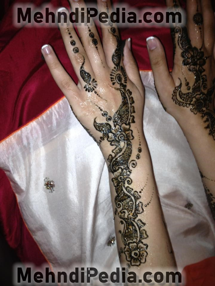 left and right arm mehndi designs easy