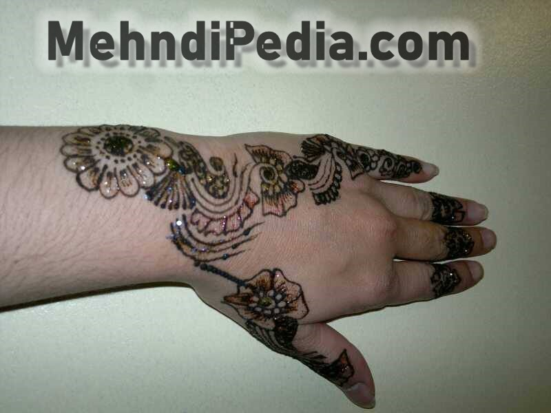 mehndi designs for mother