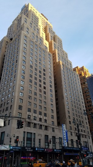 2e-newyorker-am