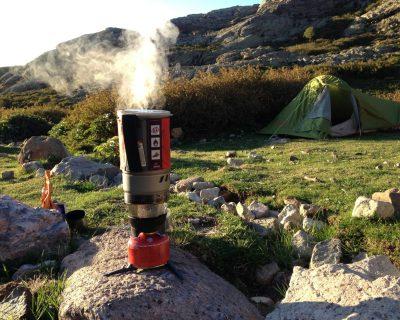 Das MSR WindBurner Gaskocher-System im Einsatz auf Korsika