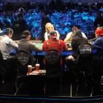Joueurs de poker qui ne s'entendent pas