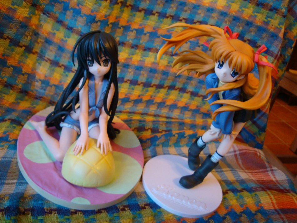 Both girlies, Shana's base is MASSIVE compared to Makoto's lol.