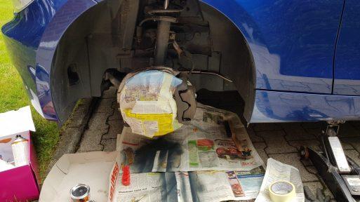 Bremssattel lackieren: Abkleben der Bremsscheibe