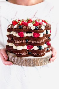 Naked-Cake-mit-Beeren