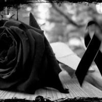 Lazos negros y corazones rotos por Emely Peguero en las redes
