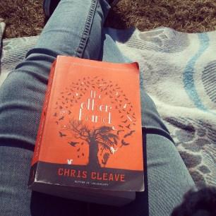 Gutes Buch im Park!