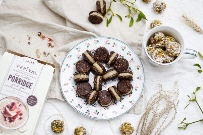 GESUNDE WEIHNACHTSNASCHEREIEN MIT VERIVAL! Gefüllte Kakao-Dattel-Cookies, Kürbis-Porridge-Glücksbällchen und Schoko-Crossies