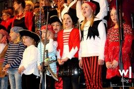 choere-lassen-das-publikum-jubeln-02