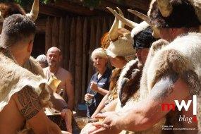 keule-hoch-germanenfest-in-mambach-13