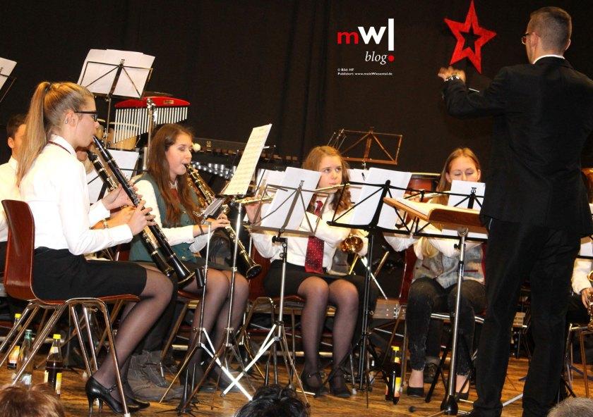 musikverein-wieslet-und-dirigent-christian-struett-in-hochform-jugendorchester-langenau-wieslet
