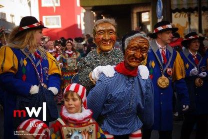 die-narren-sind-los-und-feiern-mit-den-zellern-Narrenzunft-Neustadt
