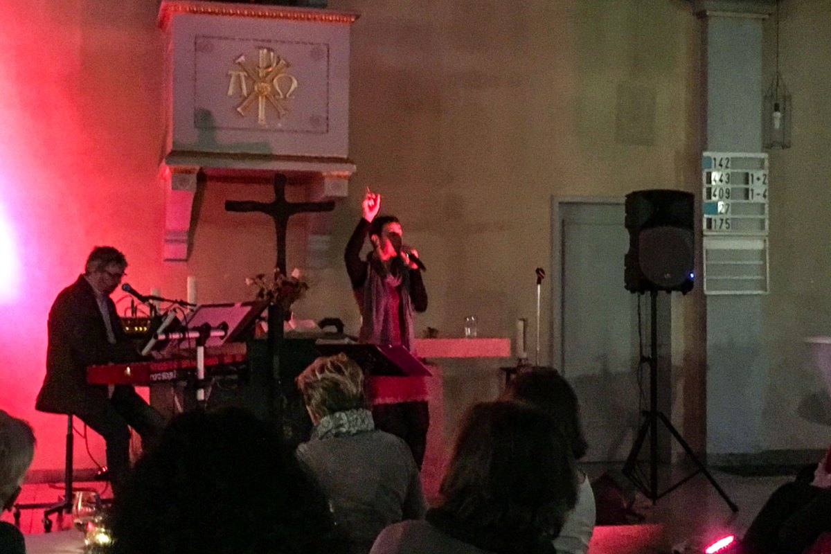 Herz und Seele berührt - Konzert Steffi Lais in der Lörracher Stadtkirche