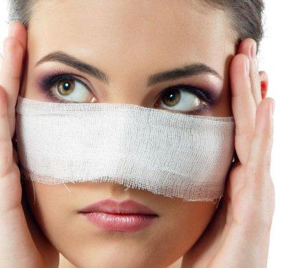 Erro médico: insatisfeita com cirurgia plástica, mulher não convence Justiça