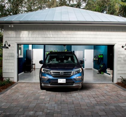 Automóvel em frente à garagem gera indenização