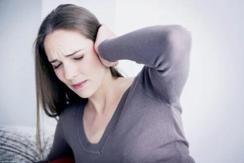 ¿Cuáles son los principales síntomas de infección de oído?