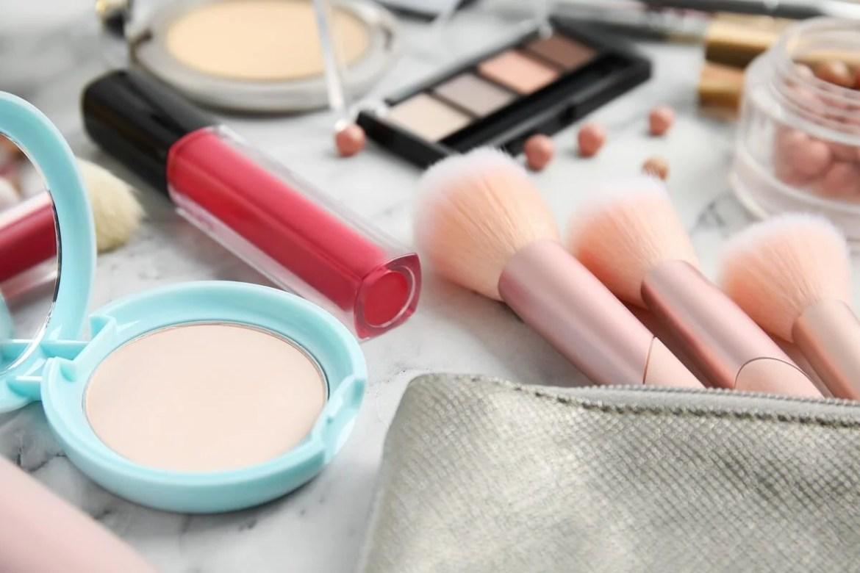 ¿Los productos de maquillaje tienen fecha de caducidad?
