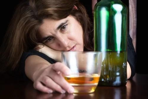 Resultado de imagen de efectos nocivos de la ingesta aguda del alcohol
