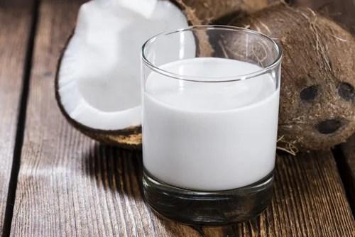 Cómo preparar leche de coco