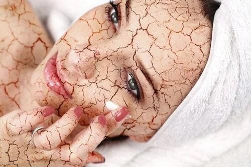 Cómo reducir la piel seca en el rostro