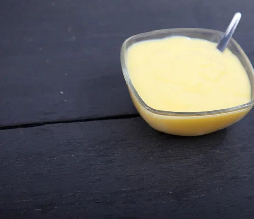Nata de leche para las grietas de los labios