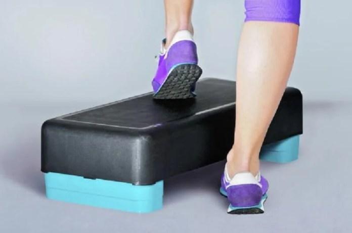 Steps como ejercicio para cuidar los huesos