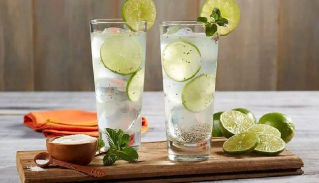 Agua-de-limón-hidratacion