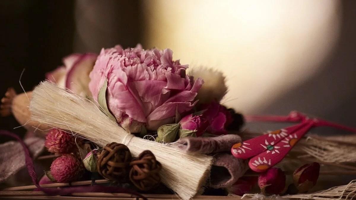 ambientador-casero-de-flores-secas