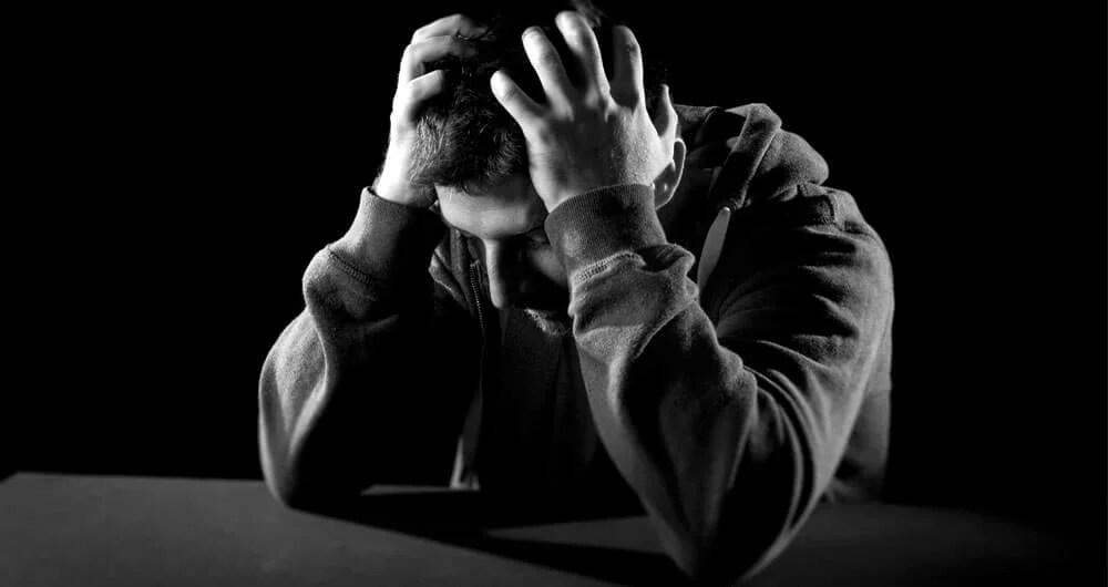 Hombre con depresión