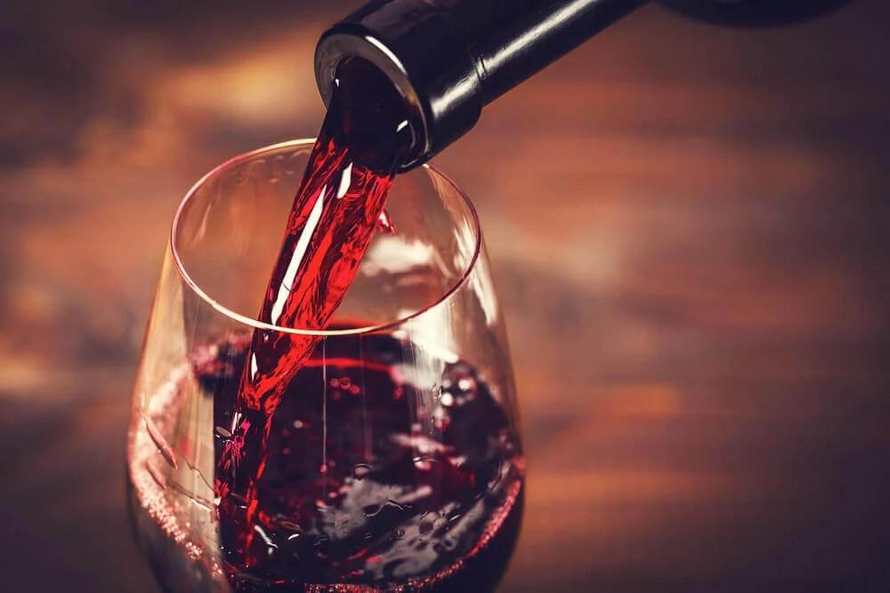 Cuidado con el vino en la dieta mediterránea