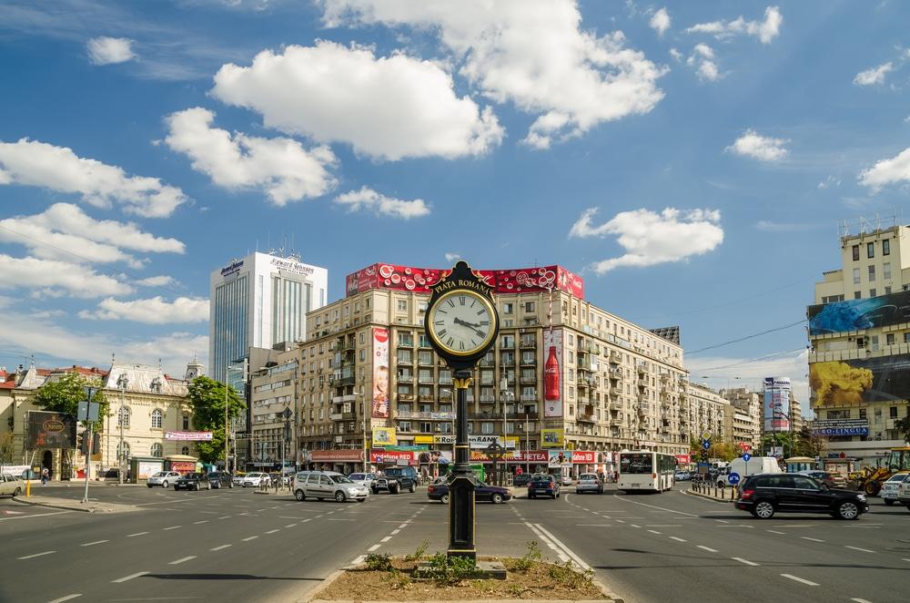 Mejores zonas donde alejarse en Bucarest - Bulevard Dacia y Piata Romana